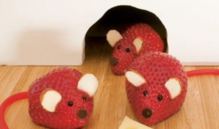 Strawberry Mouse